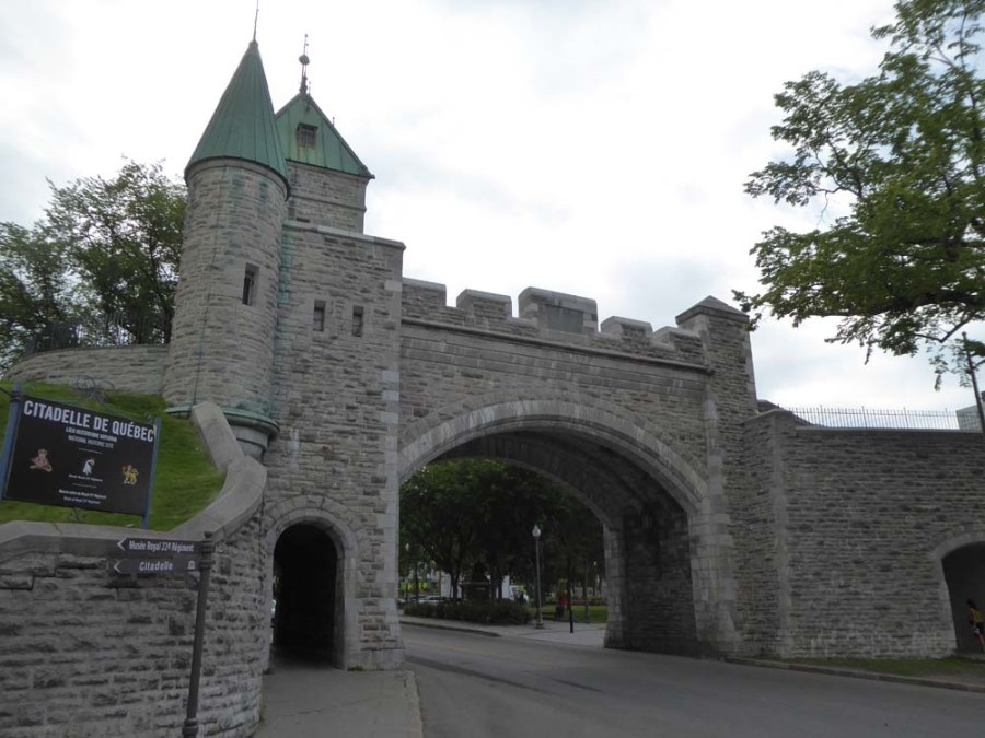 CANADA - Citadel of Quebec overlooking the St. Lawrence River