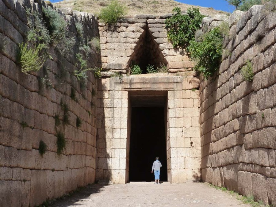 GREECE - Treasury of Atreus at ancient Mycenae
