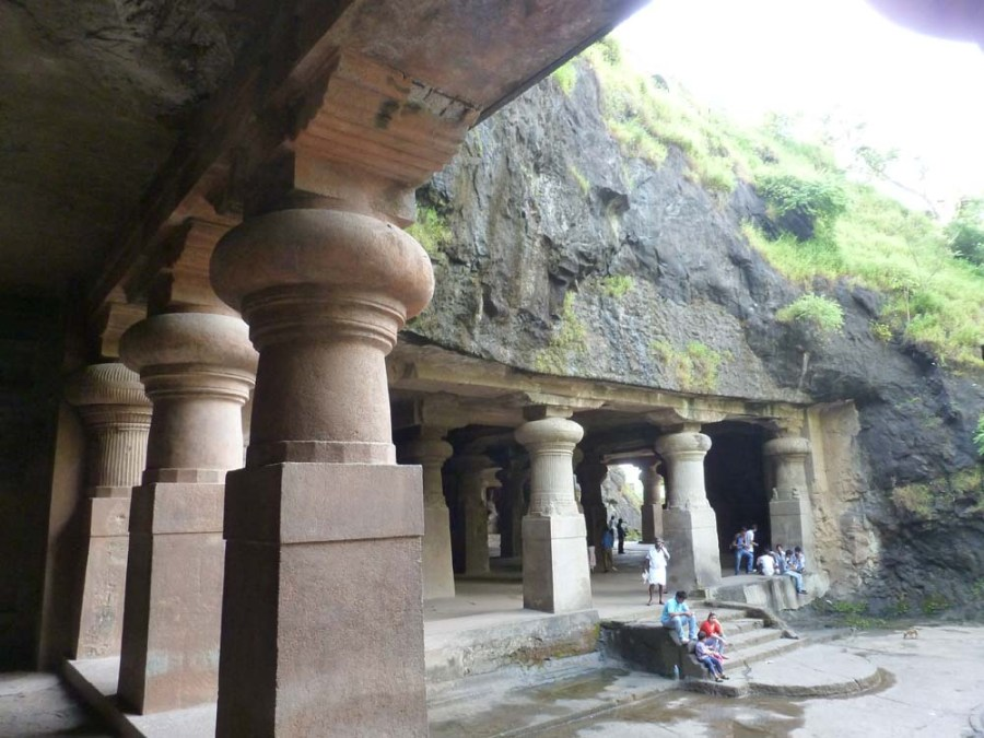 INDIA - Shiva Temple on Elephanta Island in the Indian Ocean near Mumbai