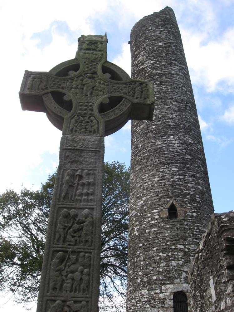 IRELAND - Monasterboice Monastery