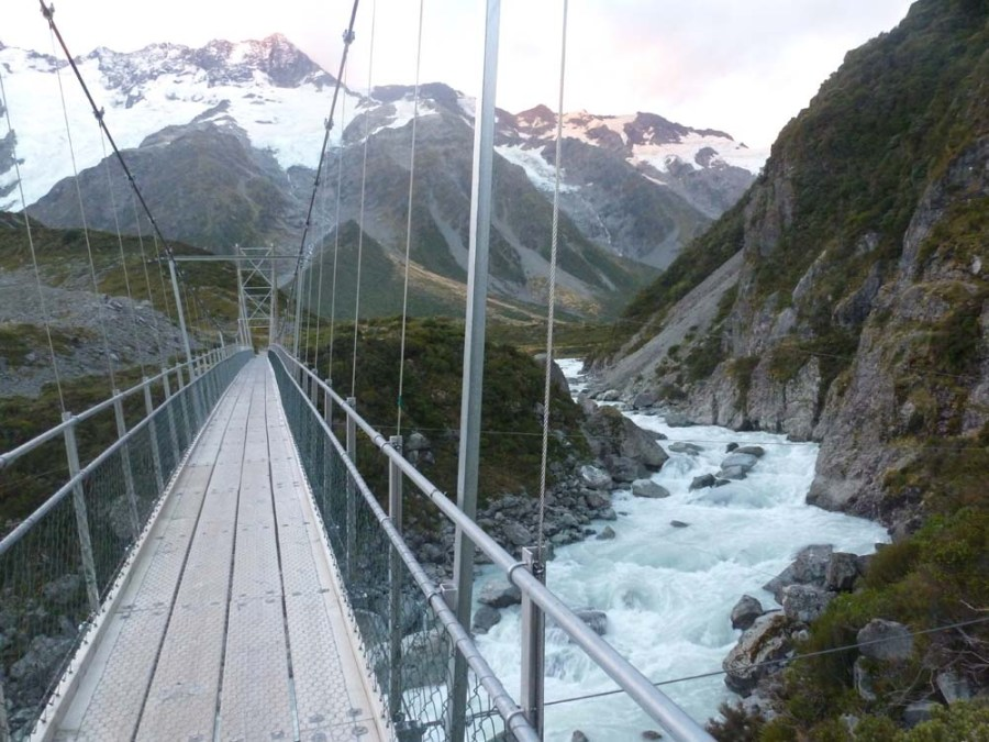 NEW ZEALAND - Route to Mt. Cook