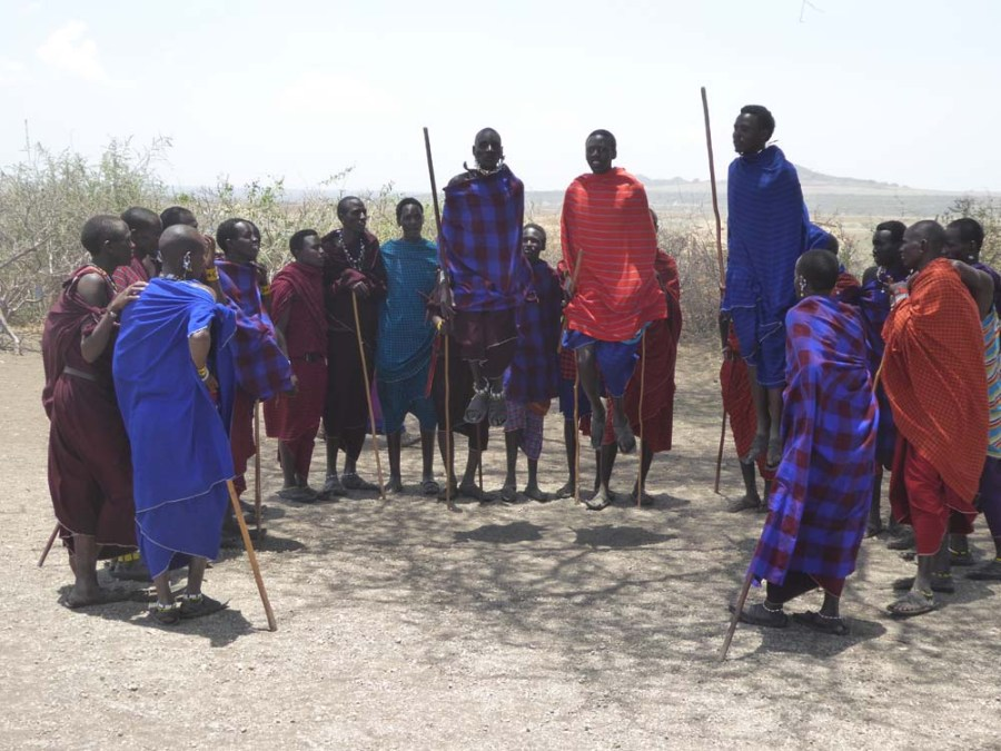 TANZANIA - Maasai warriors