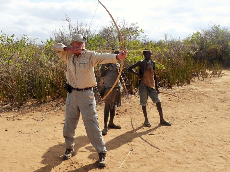 TANZANIA - Shooting arrows with the Hadzabe